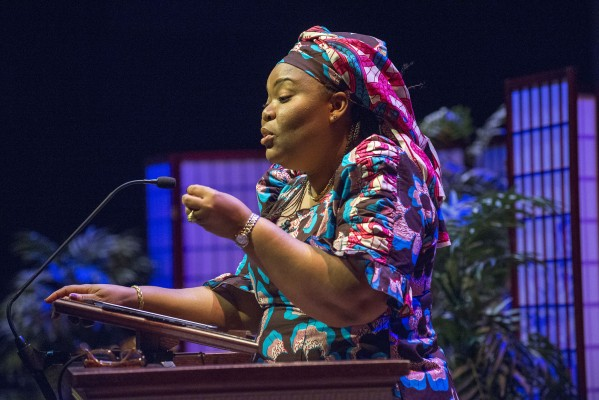 leyman gbowee speaks at E-town